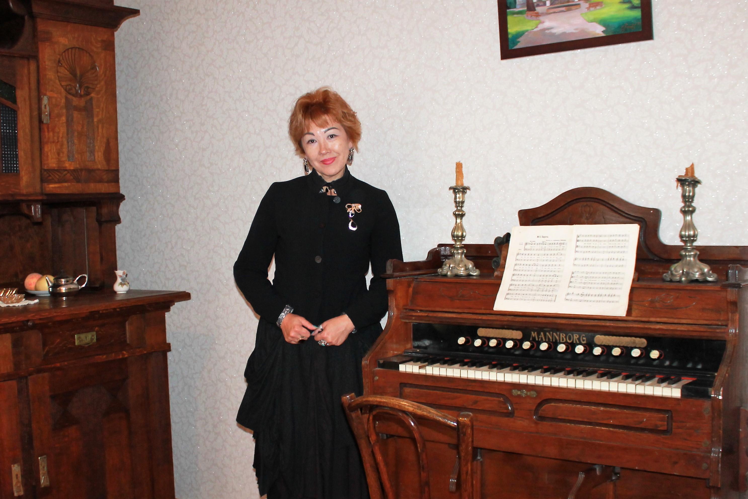 На этом органе когда то играла Глафира Стахеева.jpg
