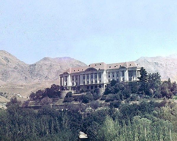 Изначально дворец Тадж-Бек выглядел так.