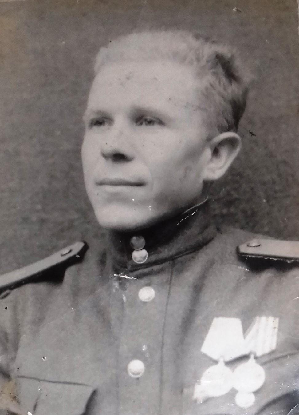 Шиховцов Василий Тихонович,1945 год.