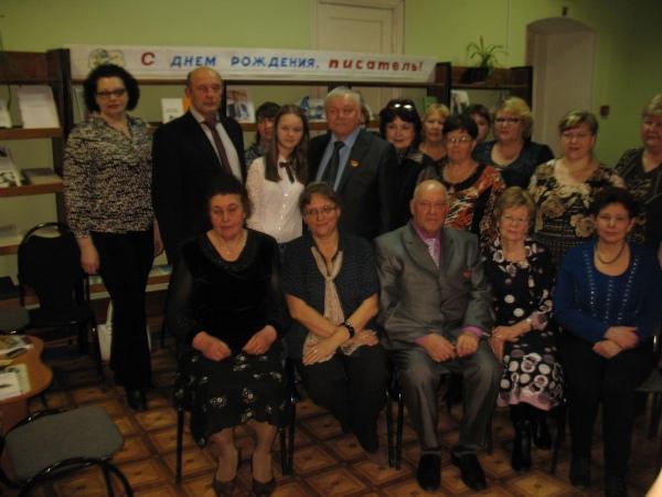В шацкой межпоселковой библиотеке состоялся литературно-художественный вечер, посвященный творчеству местных писателей.