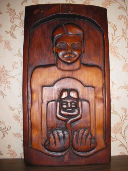 В. Грибков-Майский Семейный портрет. Рельеф