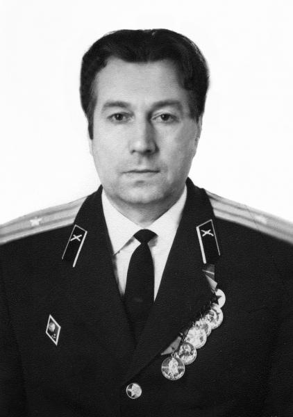 Петров Ю.В.