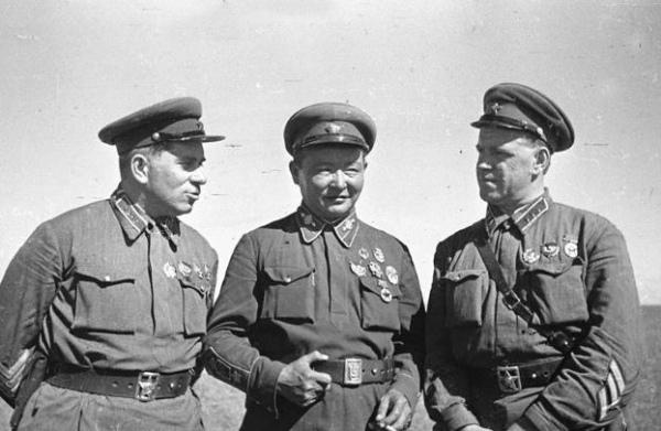 Штерн, Чолбайсан и Жуков