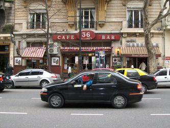 Знаменитый столичный ресторан 36 бильярес