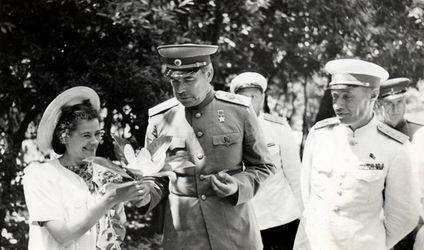 Маршал Говоров во время инспекции Таврического военного округа