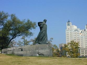 Памятник Т.Г. Шевченко в Москве.