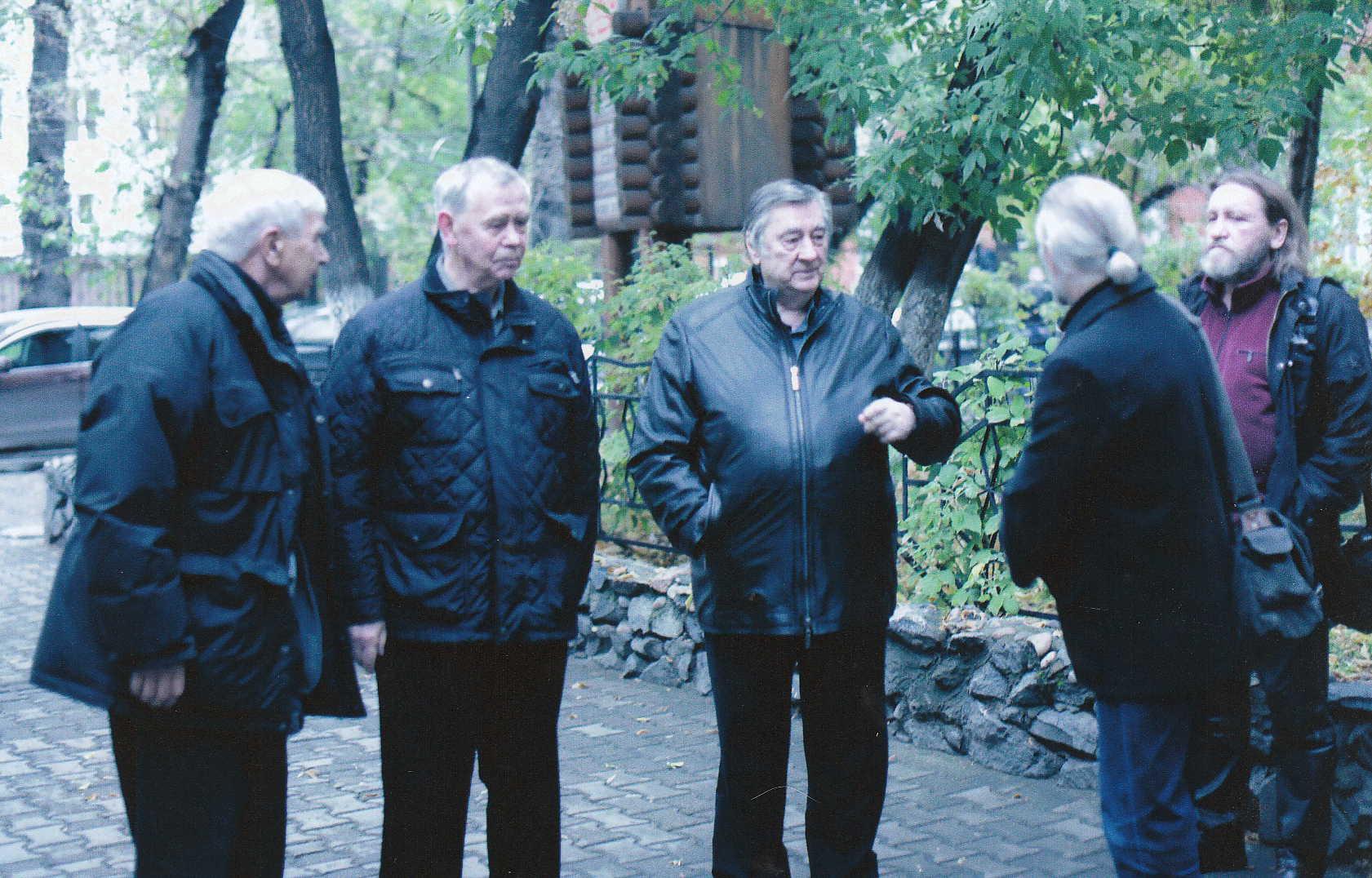 Слева направо - Эдуард Анашкин - Валентин Распутин - Алексанлр Проханов - Иркутск - праздник Сияние России 2013